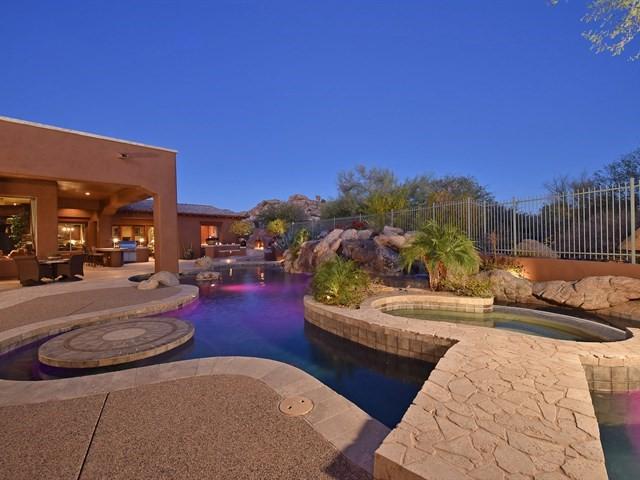 Featured Property: Opulent Estate in Sonoran Crest